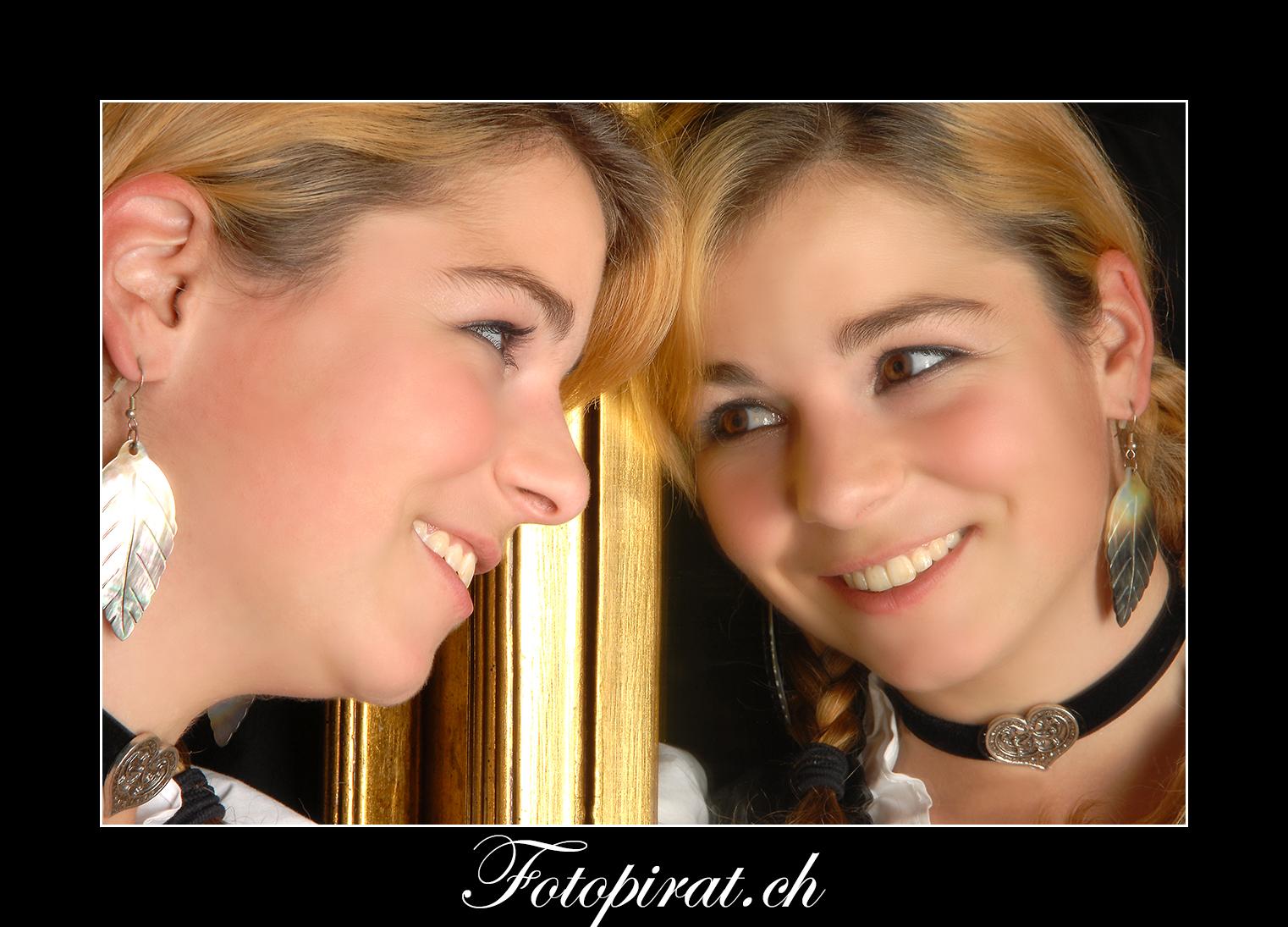Fotoshooting, On Location, Spiegel, Modelagentur, Fotomodel, schöne Augen