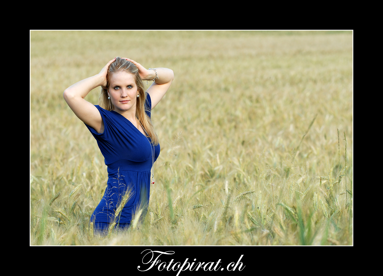 Fotoshooting, outdoor, Modelagentur, sexy Model, Fitnessmodel, blondes Fotomodel