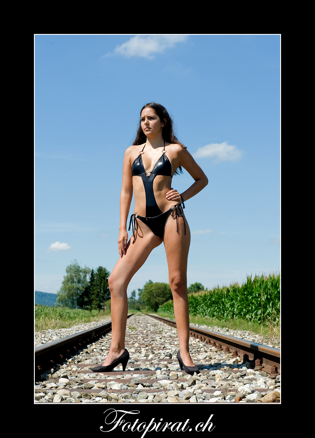 Fotoshooting On Location, Monokini, Modelagentur, Fotomodel