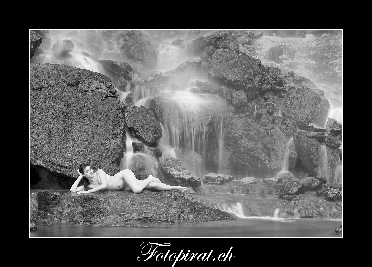 Fotoshooting, outdoor, Modelagentur, sexy Model, Sportmodel, Fitnessmodel, Nudeart, Nude, Akt, Wasserfall