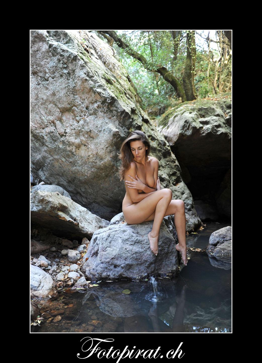 Fotoshooting, Outdoor, Akt, Nackt, Nudeart, Nude, Modelagentur, Fotomodel, erotik, Cotze azure, Frau