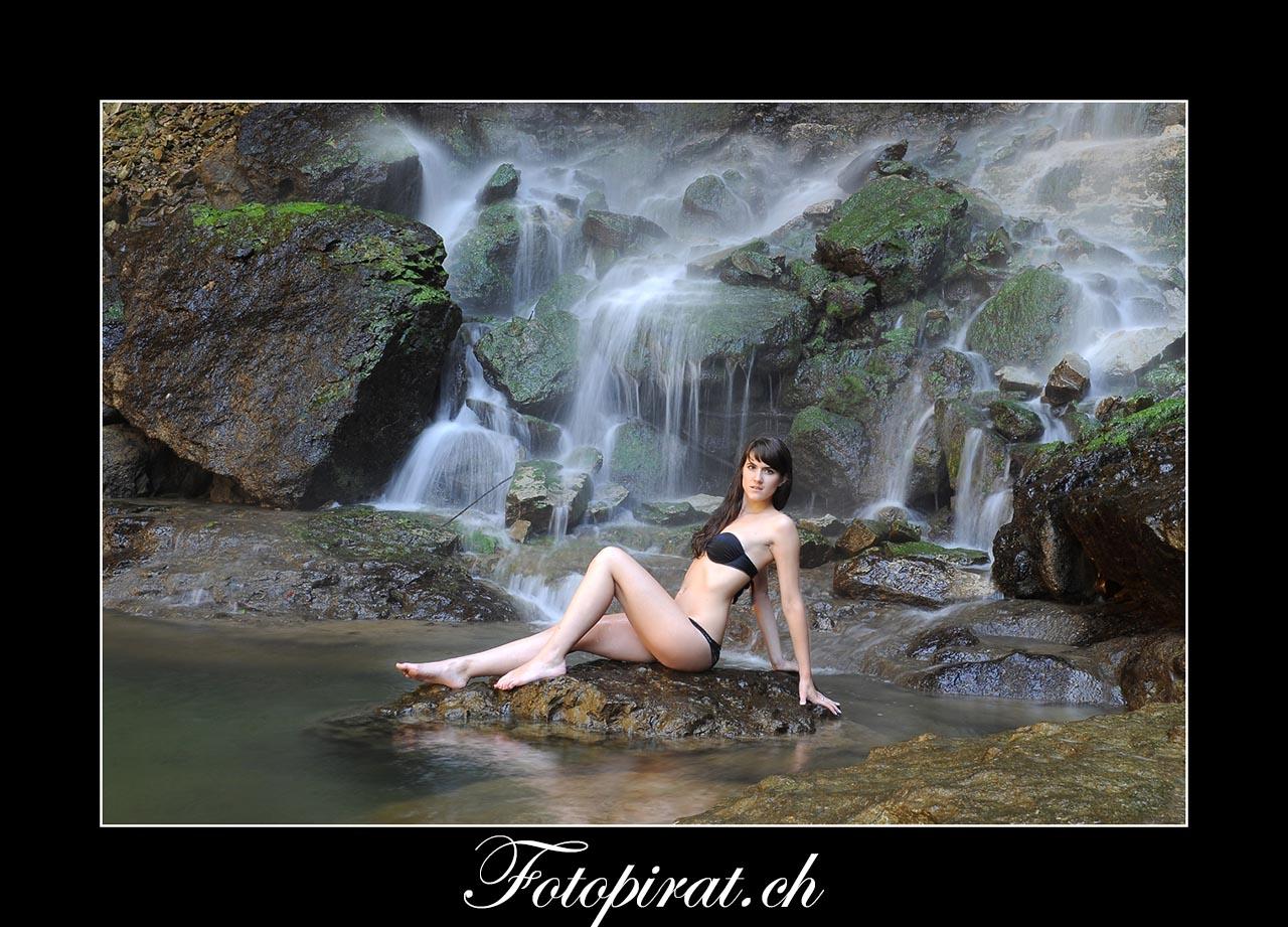 Wasserfall Outdoor Fotoshooting, Tfp Fotoshooting, Bikini Fotoshooting