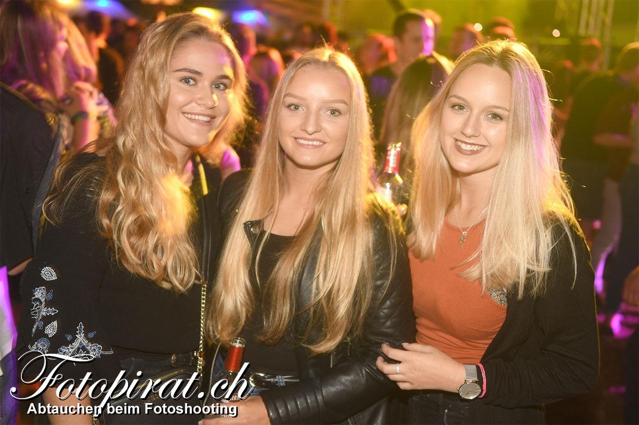 Houzschnitzu-Party_MK6_1285a
